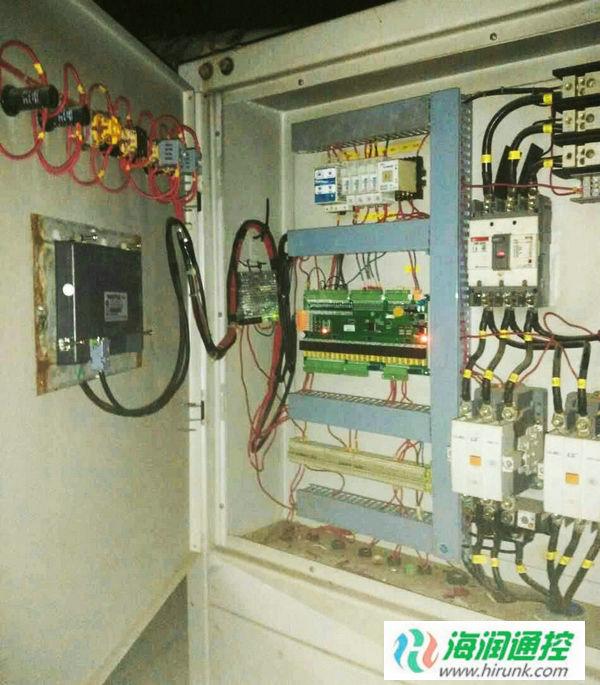海润通控螺杆机通用控制器触摸屏安装接线
