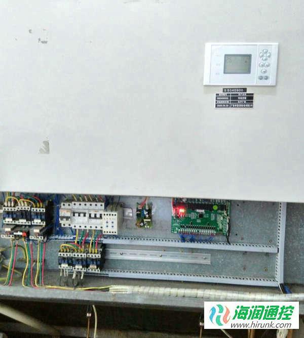 海润通控水冷柜机通用控制板通电运行