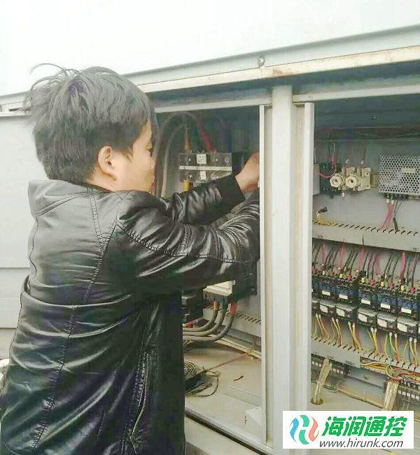 风冷螺杆机控制器维修改造安装实例