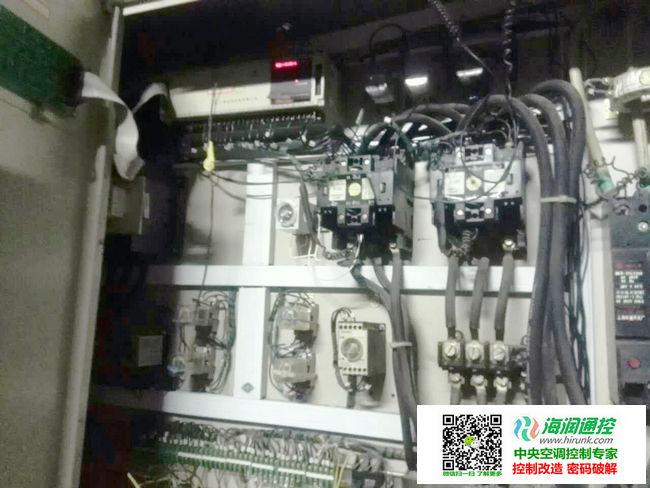 双机头水冷螺杆机控制器维修改造实例